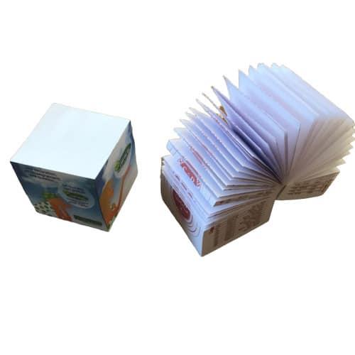 bloc cube 8x8x8 cm sérigraphie latéral 4 visuels différents sans impression feuille à feuille